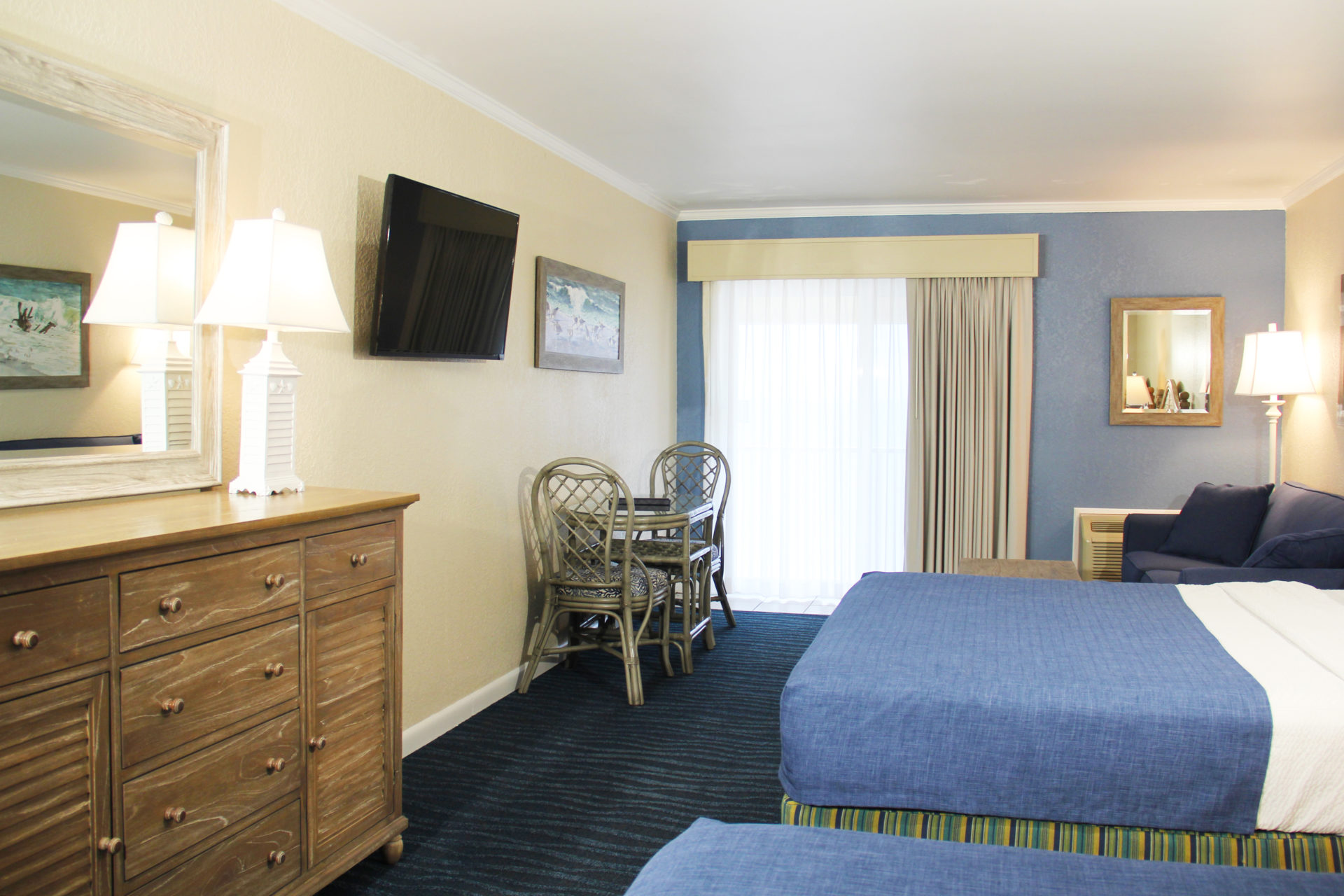 Surf Side Hotel Nags Head Oceanfront Queen 2