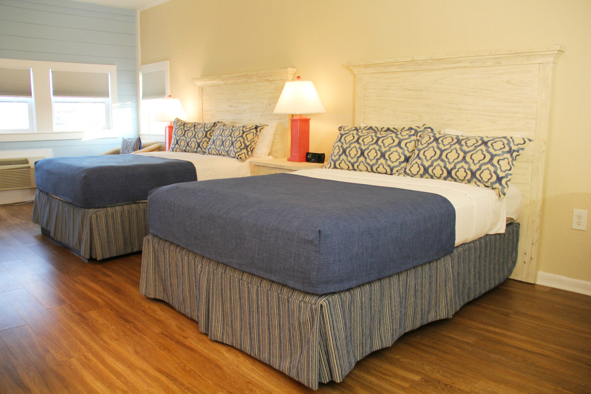 SurfSide Hotel OBX Ocean View Efficiency3